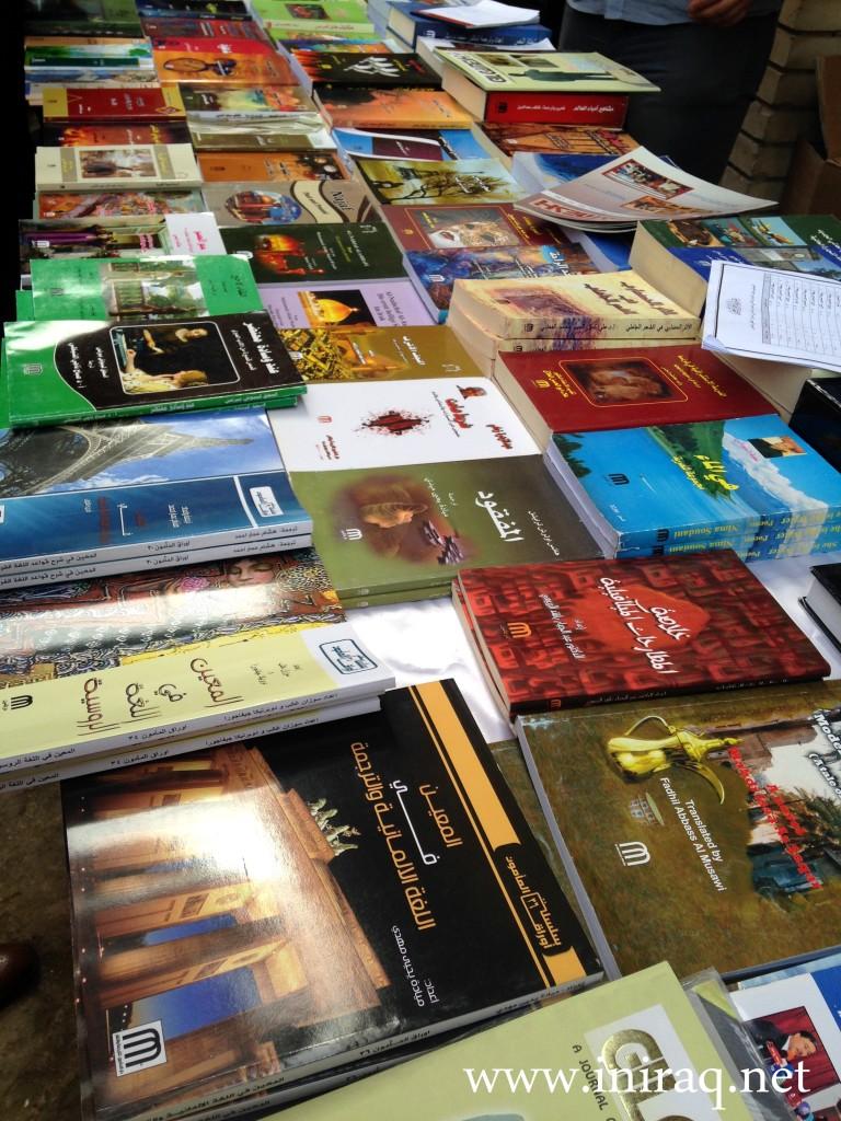 Книги (можно найти и на английском тоже)